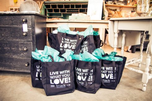 Live What You Love tote